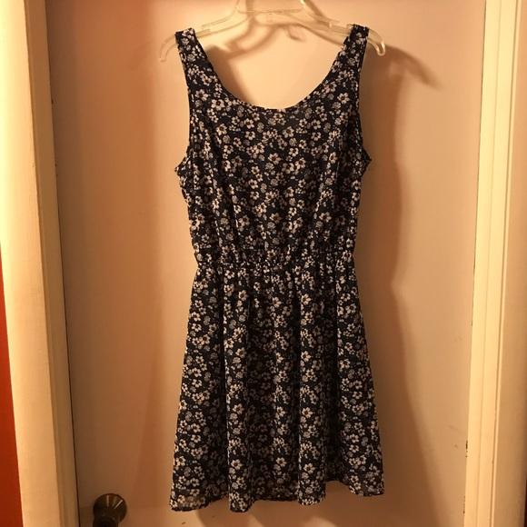 Divided Dresses & Skirts - NWOT H&M mini dress